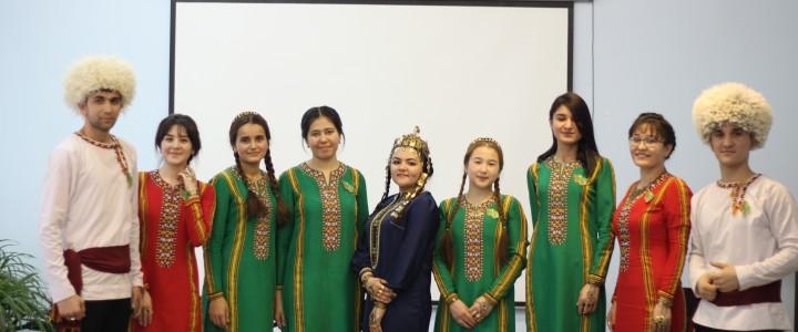 21 февраля 2019 года в Покровском филиале прошло мероприятие, посвященное Международному дню родного языка.