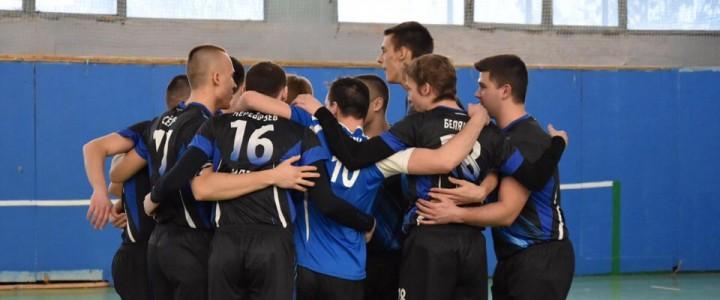 Мужская сборная по волейболу уступила команде МГИМО
