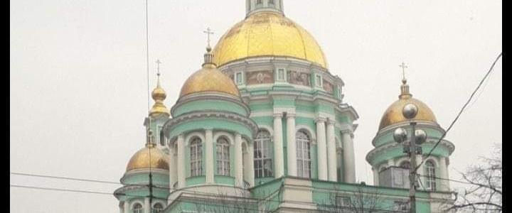 """Студенты Института """"Высшая школа образования"""" в Богоявленский кафедральный собор"""