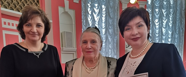 Подведены итоги Международного методического конкурса «Аксиологический урок русского языка»