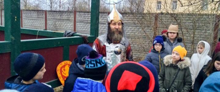 Московские школьники отправились вместе с МПГУ в образовательное путешествие «Дорогами Александра Невского»