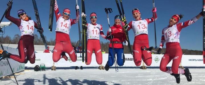 Студентка факультета дошкольной педагогики и психологии Нина Дуботолкина заняла 3 место на Чемпионате России по лыжным гонкам!