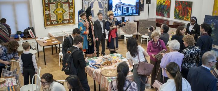 Музей-заповедник «Томская писаница» – студентам-историкам МПГУ