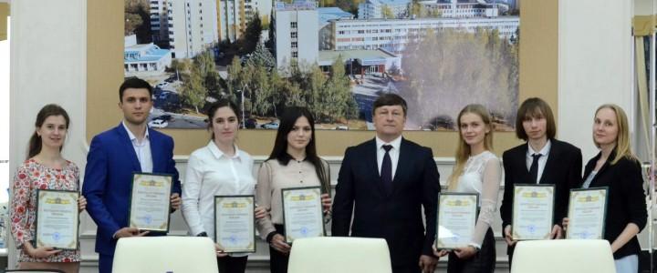 О семейных  ценностях  современной российской молодежи
