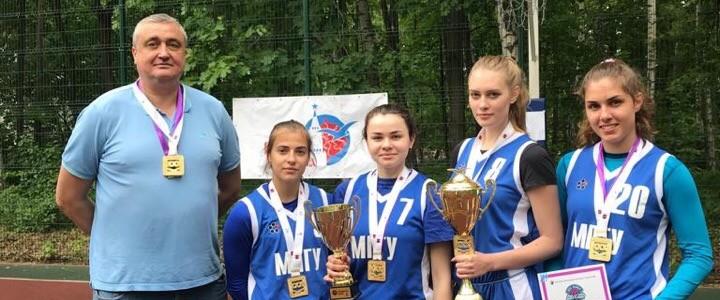 Женская сборная команда МПГУ по стритболу выиграла XXXI Московские студенческие спортивные игры