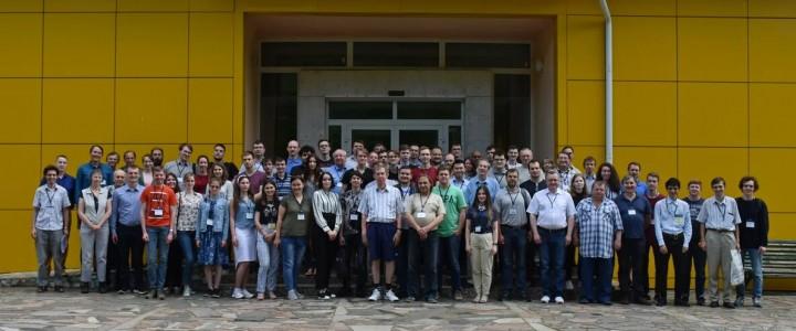 Студенты и сотрудники ИФТИС приняли участие в конференции «Волны-2019»