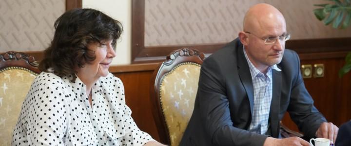 В МПГУ прошла встреча с руководителямиРоссийской книжной палаты