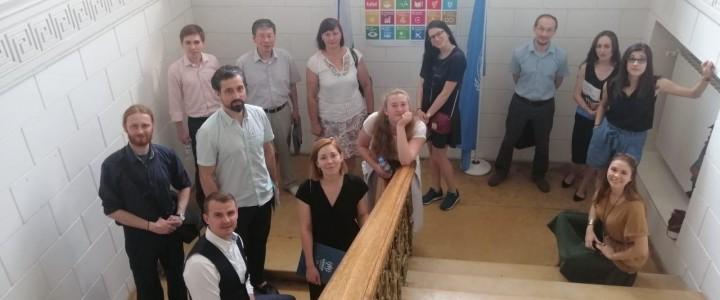 «Из первых уст»: знакомство магистрантов ИСГО с темой международной миграции в офисе УВКБ ООН