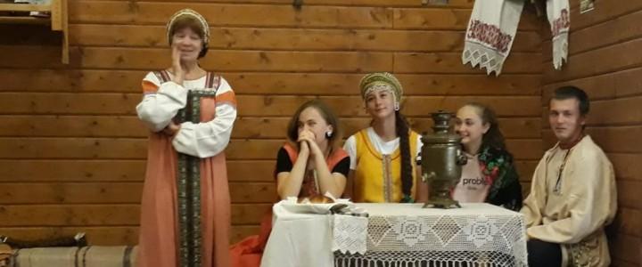 «Познайте город душой»: участники молодежной просветительской экспедиции продолжают знакомство с малыми городами Центральной России