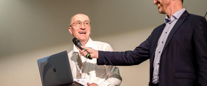 Профессор Института международного образования на международном симпозиуме в Берлине