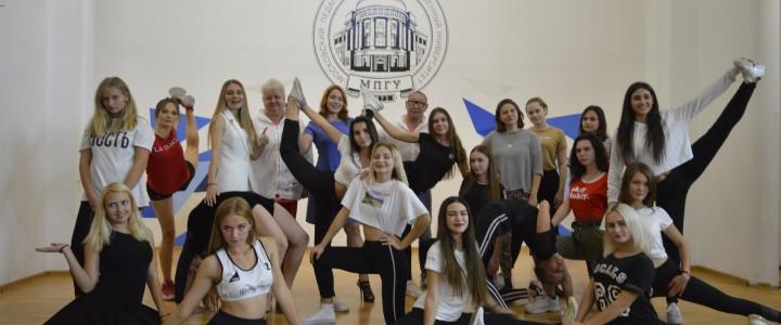 В Анапском филиале МПГУ прошел кастинг в группу Чирлидинга!