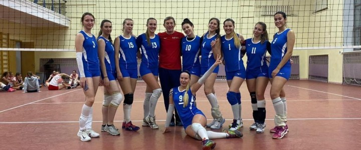 Убедительная победа женской сборной МПГУ по волейболу