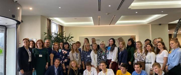 """Руководитель программы бакалавриата """"Семейное воспитание"""" В.Л. Кабанов выступил экспертом проекта по развитию профессиональных компетенций молодежи."""