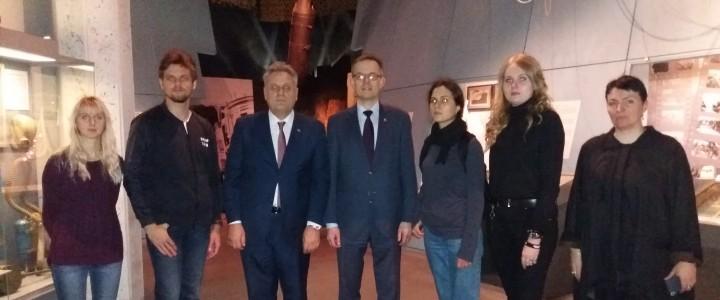 Практическое занятие в Государственном музее обороны Москвы