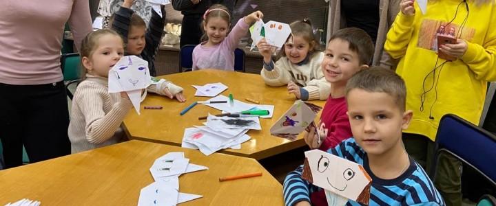 Слоны в стиле оригами от дизайнеров Ставропольского филиала МПГУ