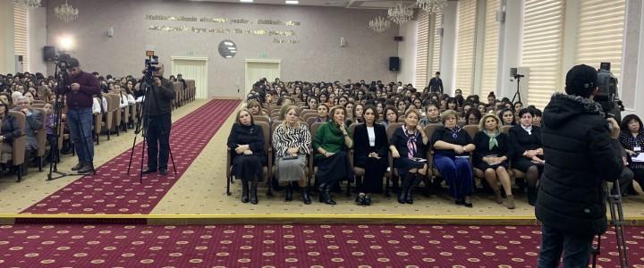 Мастер-классы о метапредметной роли русского языка в Бакинском славянском университете