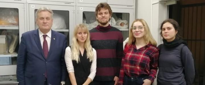 Магистранты ИИиП на практическом занятии в Музее современной истории России