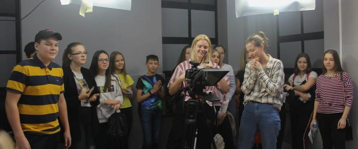 Как создать авторский видеоконтент для школьного телевидения