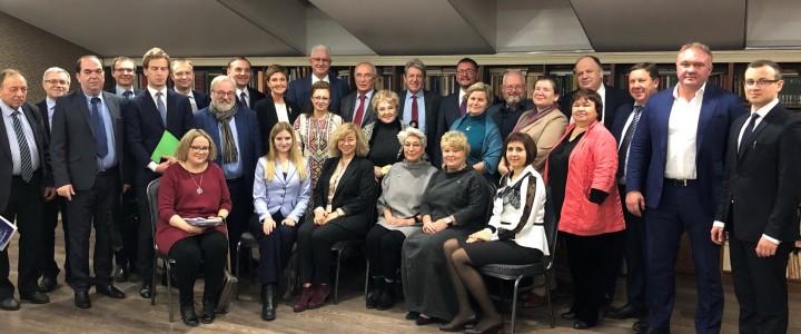 Заседание Координационного комитета кафедр ЮНЕСКО Российской Федерации состоялось в историко-культурном комплексе «Вятское»