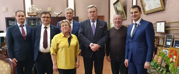 Крепнут деловые и творческие связи МПГУ с регионами Российской Федерации