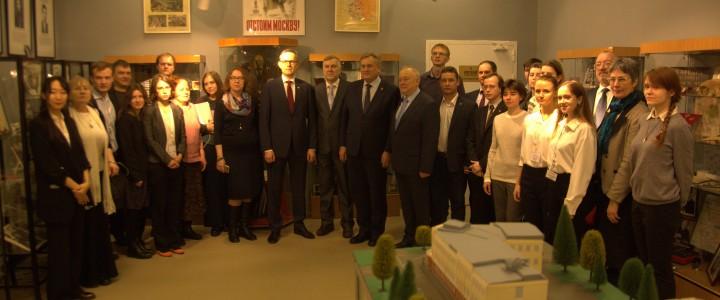 Дирекция изучения истории МПГУ подготовила и реализует новый экскурсионный проект, посвященный 75-летию Великой Победы
