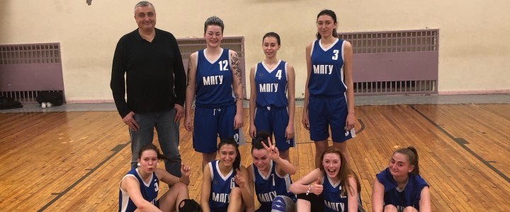 Женская сборная команда по баскетболу вышла в финал четырёх