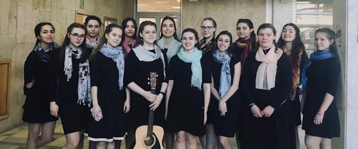 Сводный хор Института филологии на фестивале в МГУ