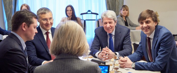 О роли Кафедр ЮНЕСКО в российских вузах говорили на встрече с заместителем Генерального директора ЮНЕСКО по вопросам образования Министр просвещения и Министр науки и высшего образования РФ