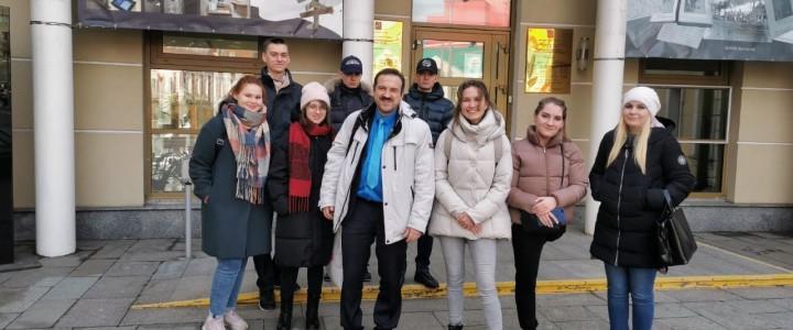 Магистранты и бакалавры Института филологии побывали в Музее русского зарубежья