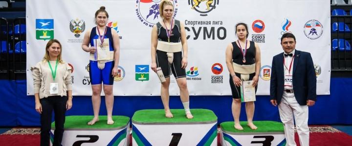 Студентку дефектологического факультета Института детства Валерия Пак заняла 2 место на Первенстве России по сумо