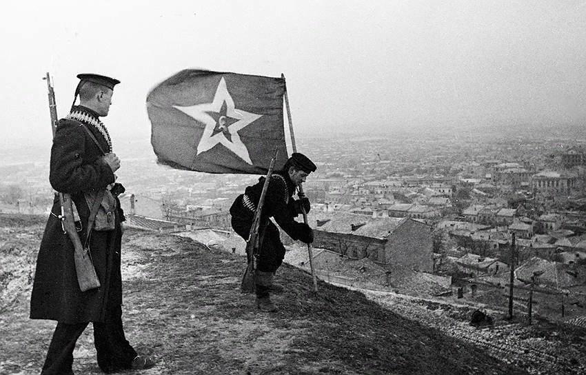 Красное Знамя над Керчью