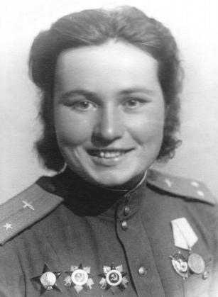 Александра Фёдоровна Акимова. Победный 45-й