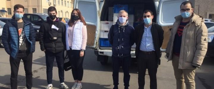 Волонтеры Института филологии спешат на помощь