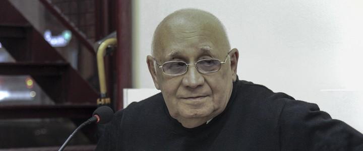 Скончался выпускник МГПИ-МПГУ, историк Альберт Павлович Ненароков