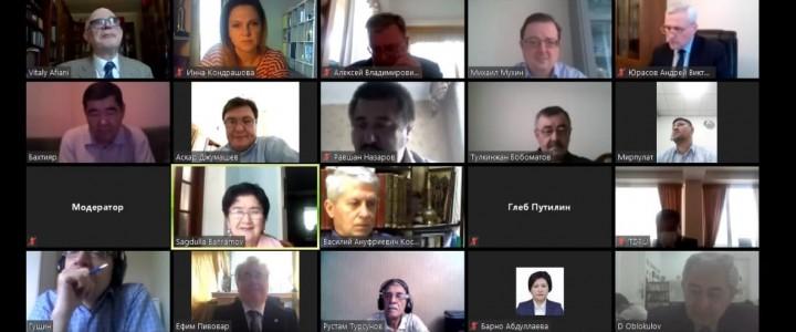 Алексей Лубков отметил важность просветительских проектов о войне в сети Интернет