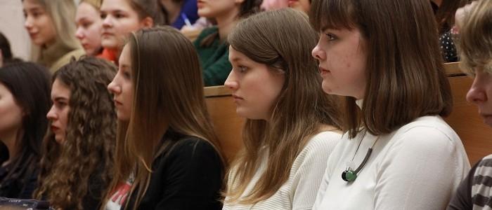 Более 4000 человек посетили вебинары МПГУ для учителей и школьников в апреле