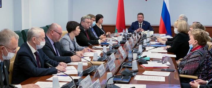 Алексей Лубков выступил на Форуме регионов Беларуси и России
