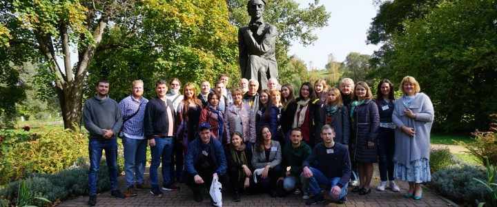 Студент магистратуры Института биологии и химии МПГУ Алексей Лавров принял участие в семинаре для начинающих поэтов в Брянской области