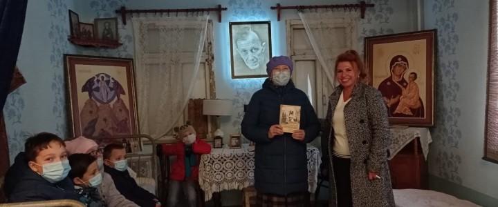25 октября 2020 года Покровская воскресная школа посетила музей Сергея Иосифовича Фуделя и храм-часовню имени Сергия Радонежского, которые располагаются на территории Покровского филиала МПГУ