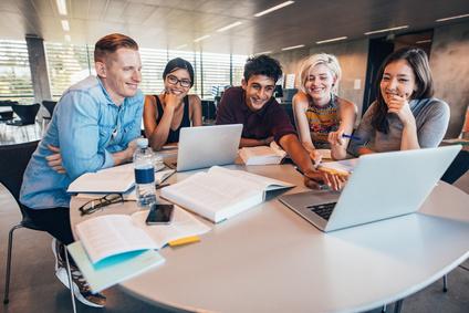 Онлайн собрание с иностранными учащимися МПГУ (Институт педагогики и психологии и Институт истории и политики)