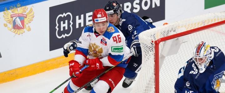 Аспирант 1 курса Института физической культуры, спорта и здоровья Андрей Кузьменко стал лучшим форвардом и снайпером  второго этапа хоккейного Евротура