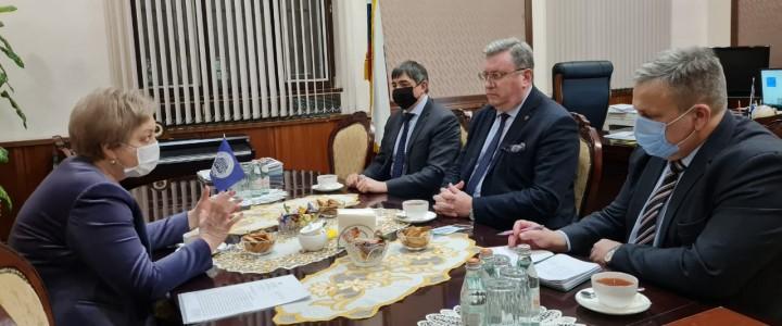5 февраля Московский педагогический государственный университет посетила с деловым визитом первый заместитель губернатора Псковской области Вера Емельянова