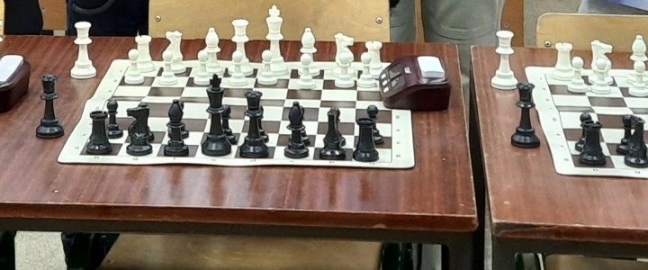 Прошел первый очный открытый шахматный турнир, организованный нашим ШК «Тактика-Галактика» и посвященный Международному женскому дню.
