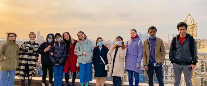 Экскурсия в День космонавтики для иностранных студентов от MPGU Buddy Club
