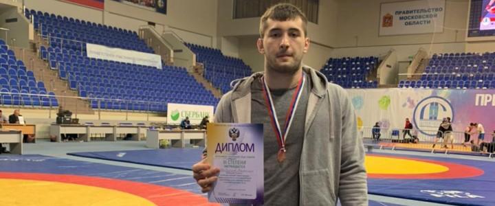 Шибзухов Кантемир занял 3 место на Всероссийских соревнованиях по спортивной борьбе среди студентов