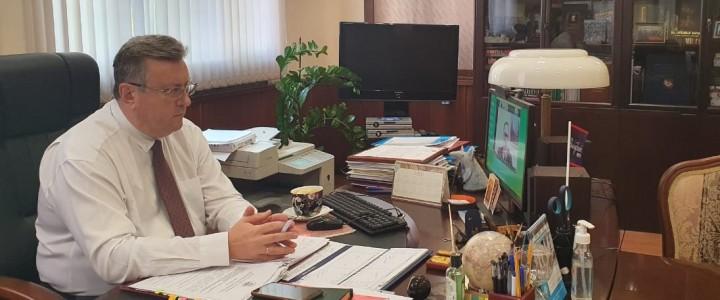 Ректор МПГУ дал комментарий испанскому информагентству EFE о Дне памяти и скорби