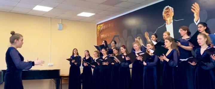 Студенты учатся: хоровой практикум на факультете музыкального искусства