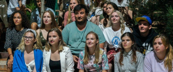 Волонтёры просвещения. 3 смена летнего студенческого отдыха в Крыму