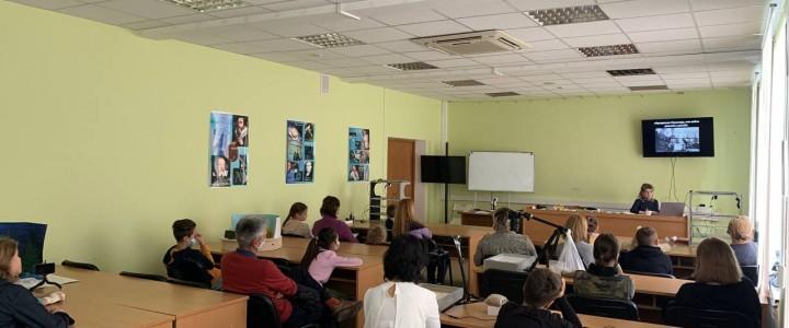 18 сентября в рамках проекта «Университетские субботы московского школьника» в Центре открытого образования обучающиеся создали свои первые мультфильмы